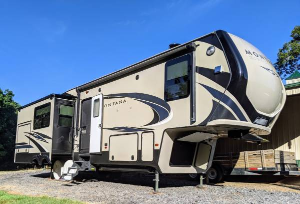 Photo 2018 Keystone Montana High Country 345RL RV For Sale - $42,900 (COWPENS)