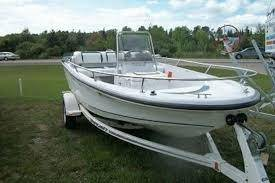 Photo Boston Whaler Rage 15 Jet Boat - $4500 (Greenville)