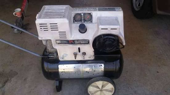Photo Craftsman Air Compressor 1 hp 12 gal. - $75 (West Anderson)
