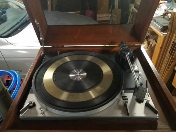 Photo Dual 1219 Turntable with Rare Walnut Cabinet - $325 (Greenville)