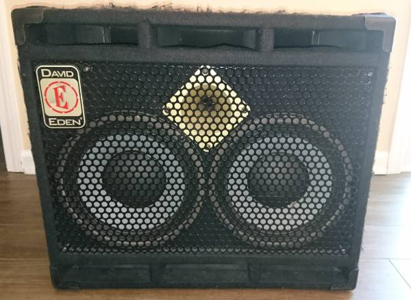 Photo Eden D210XLT8 350 Watt 8 ohm Bass Cabinet - $400 (Seneca)