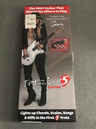 Photo Fretlight 5 - Stratocaster Style - Cool Learning System - $75 (Spartanburg)