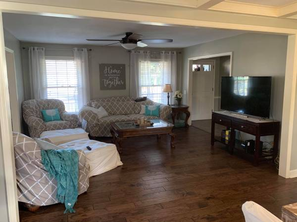 Photo Furnished Room for Rent mth to mth, all inclusive. Avail Jan 1st. (Eastside Spartanburg, SC)