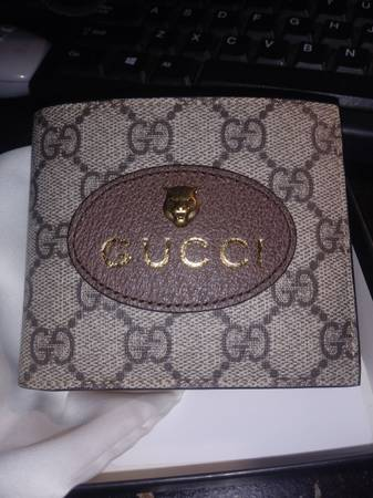 Photo Gucci wallet - $150 (Greenville)