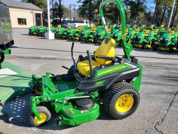 Photo John Deere Z915E Commercial Mower - $7,799 (CALL BRANDON (864) 245-2951)
