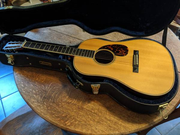 Photo Larrivee SD-60 Acoustic Guitar - $2000 (Central)