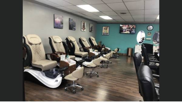 Photo Nail Salon for SALE - $46000 (Spartanburg)