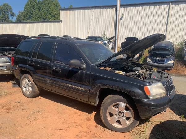 Photo PARTING OUT 01 GRAND CHEROKEE 4.7 AUTOMATAIC GOOD PARTS CALL TODAY (FOREST CITY NC)