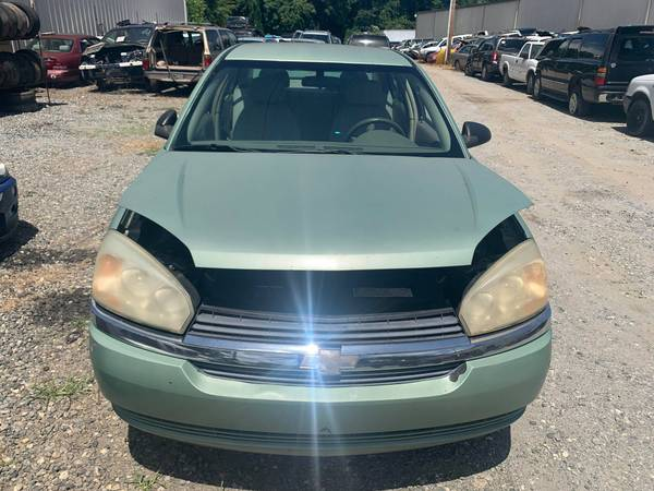 Photo PARTING OUT 05 MALIBU 2.2 AUTOMATIC GOOD ENGINE  TRANSMISSION 2.2 (FOREST CITY NC)