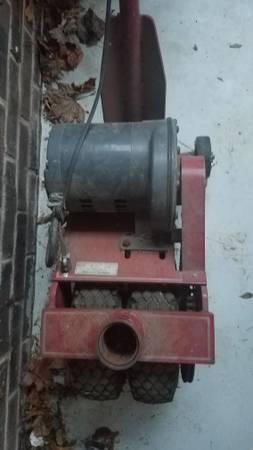 Photo Power caster - $900 (Seneca)