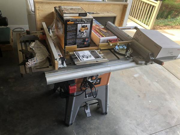 Photo Ridgid R4512 10 Table Saw w Bench Dog Cast Iron Router Table - $750 (Seneca)