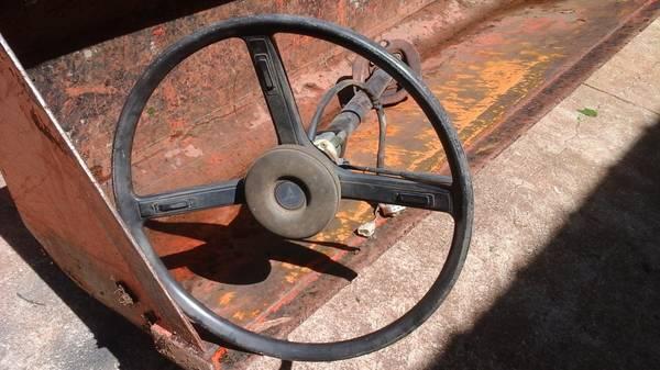 Photo Toyota FJ 40 steering wheel - $200 (greenville sc)