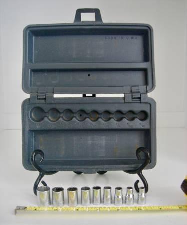 Photo Vintage Craftsman socket set and V-Series sockets - $80 (Pelzer, SC)