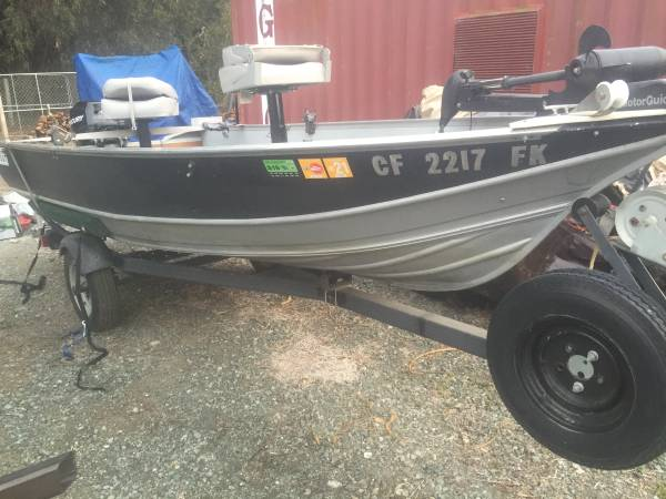 Photo 14 ft Gregor set up for bass fishing  - $4,000 (Los osos)