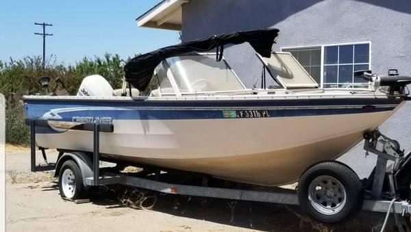 Photo 1998 Crestliner 20 ft., deep-v, fishing boat - $9,800 (Sanger, CA)