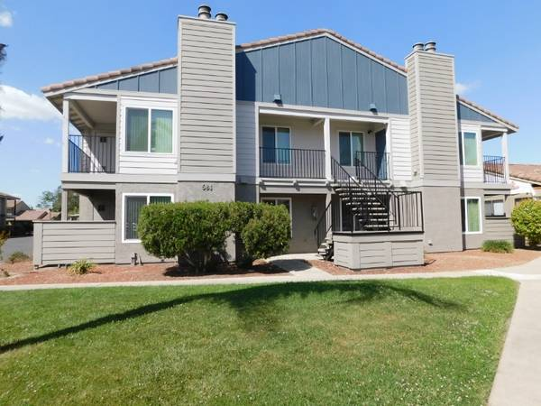 Photo 1 Bedroom 1 Bath Apartment Home Ready For Move IN July 12th (580 West Fargo Avenue, Hanford, CA)