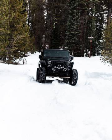 Photo 2014 Jeep Wrangler Sport Willys Wheeler Unlimited - $23,000 (Hanford)