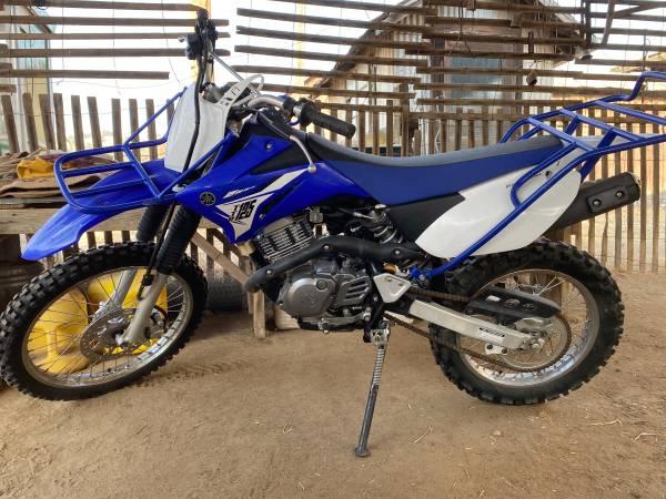 Photo 2014 Yamaha motorcycle - $2,000 (Bakersfield)