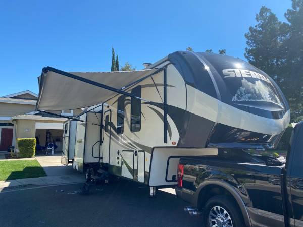 Photo 2018 Sierra Fifth wheel five slides two bedroom two bath bunkbeds - $42,500 (Pleasanton)