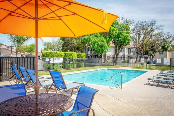 Photo A Bootiful 3 Bedroom Apartment (580 West Fargo Ave, Hanford, CA, US)