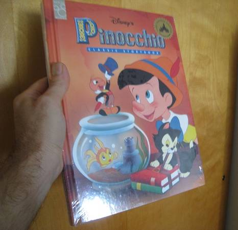 Photo Disney Rare 2-Pack Pinocchio  Toy Story (Unopened Sealed) - $20 (Cedar and Bulalrd)