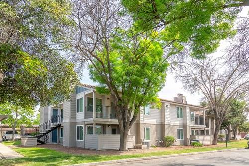 Photo Fully Renovated 1 Bedroom 1 Bath Apartment Home Coming In October (580 West Fargo Avenue, Hanford, CA, US)