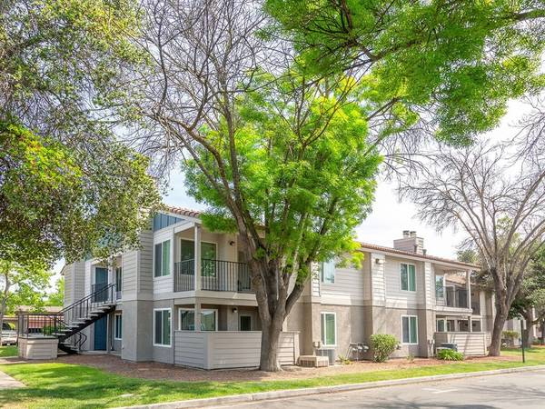 Photo Fully Renovated (580 West Fargo Avenue, Hanford, CA)