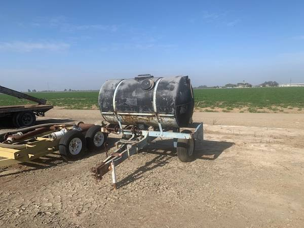 Photo Tank 500 Gallon wtrailer - $600 (Lemoore)