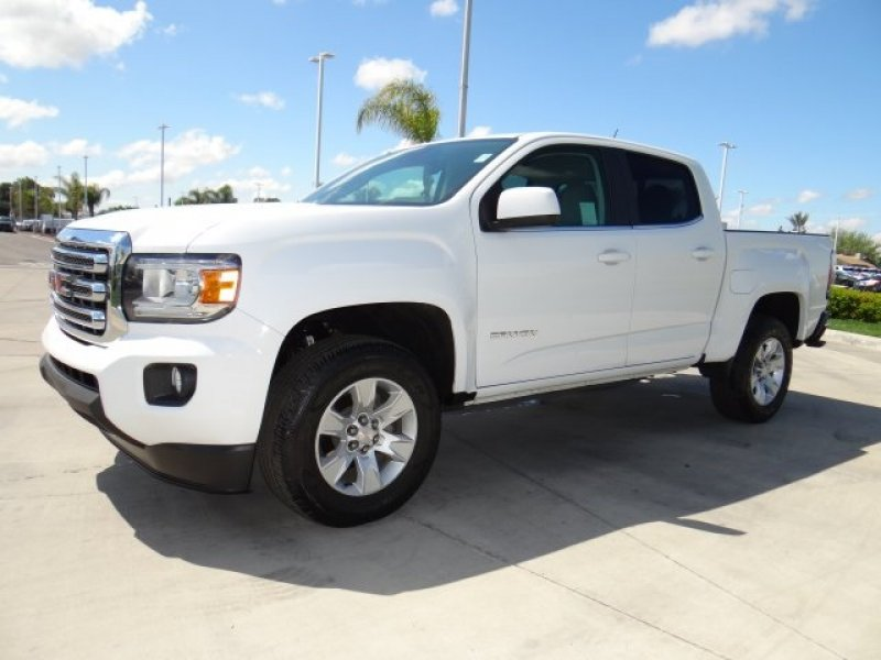 Photo Used 2016 GMC Canyon 2WD Crew Cab SLE for sale