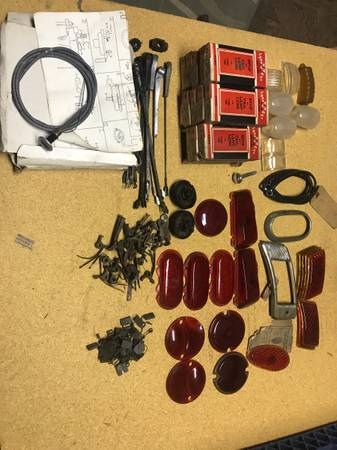 Photo 1930 40 years Ford tail light glass and bezels and parts - $200 (Kulpmont, Pa)