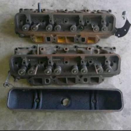 Photo 1954 1955 pair Buick Nailhead v8 engine motor cylinder heads 1165549-3 - $200