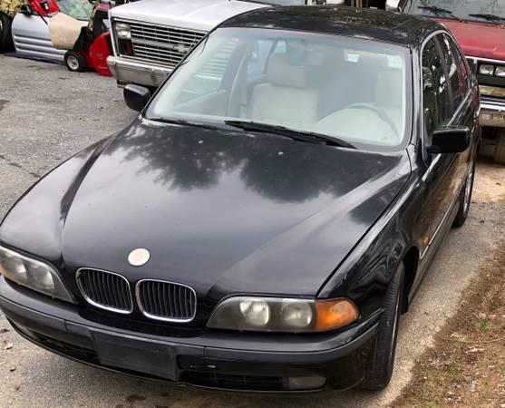 Photo 1998 BMW 528i e39 Parts (Mechanicsburg)