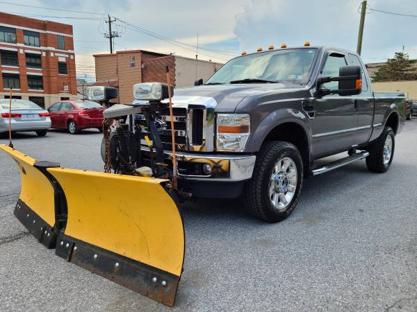 Photo 2009 Ford F-350 XLT 4X4 v10 SUPER DUTY PLOW TRUCK ONLY 63k - $21950 (Harrisburg)