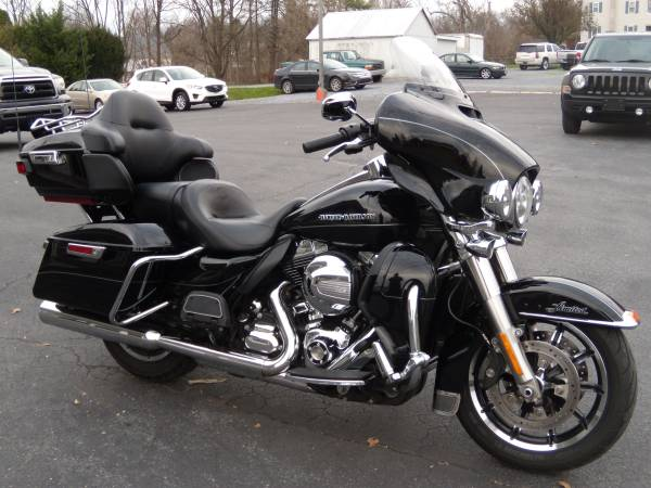Photo 2014 Harley-Davidson Electra Glide Ultra Limited FLHTK ONE OWNER - $13,995 (BROWNSTOWN PA)