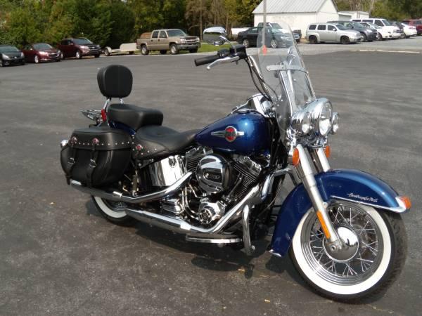 Photo 2017 Harley-Davidson Heritage Softail Classic FLSTC 103 8933 MILES - $13,995 (BROWNSTOWN PA)
