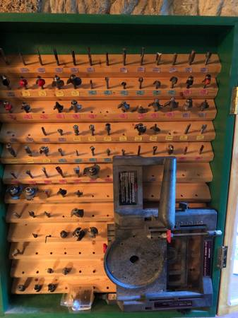 Photo 83 Router Bits in glass-front case with Craftsman Model Making Mount - $275 (Loysville)