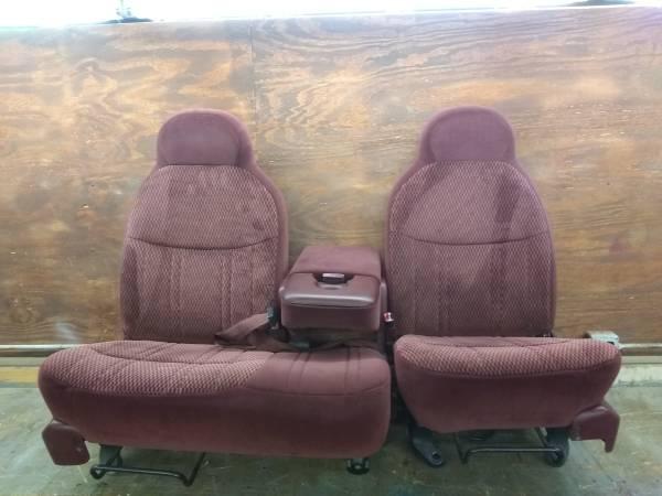 Photo 97-2003 Ford F-150 Split 6040 truck seats mint condition - $425 (York)