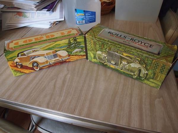 Photo Avon Classic Car Aftershave Boxes (Marysville Boro)