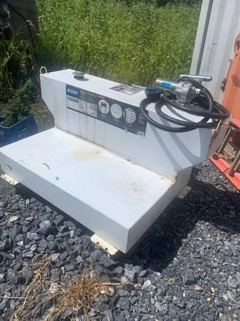 Photo Better built 100 gal fuel tank - $500 (Enola)