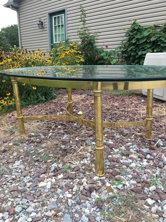 Photo Beveled glass table - $100 (Goldsboro Pa)