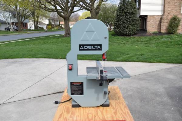 Photo Delta 8quot Bandsaw 15 HP 120V Model 28-180 - $75 (Palmyra)