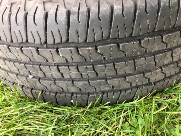 Photo Goodyear wrangler tire - $25 (New Cumberland)