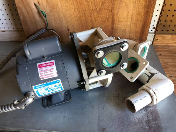 Photo Gould 12 HP Whirlpool Tub Pump - $50 (Middletown)