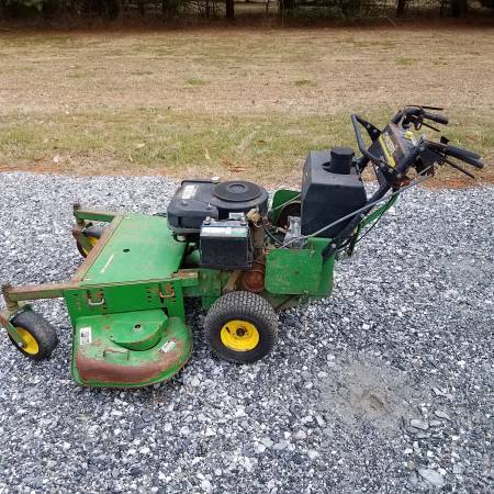 Photo John Deere GS75 48quot commercial walk behind mower - $400 (South Eastern York County)