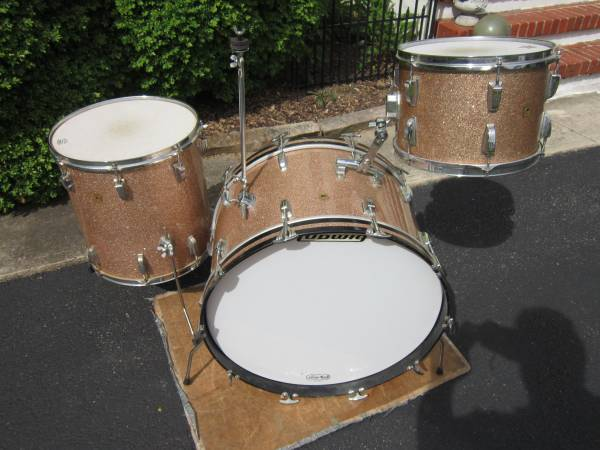 Photo Looking for Old Drums For Cash - $1,000 (HARRISBURG)