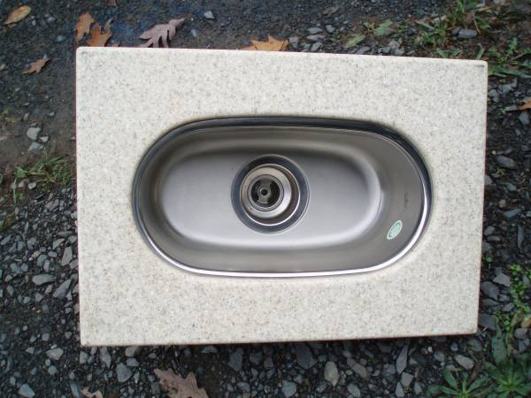 Photo New Kindred Stainless Steel Bar Sink with Counter Top - $45 (Newport)