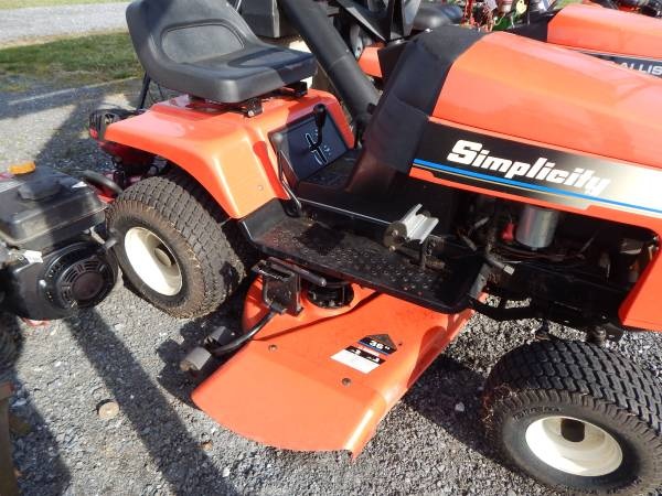 Photo Simplicity Riding Lawn Mower - $400 (Mt Holly SpringsGardners Area)