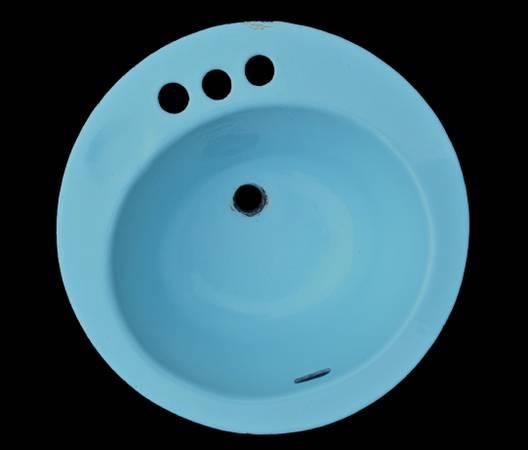 Photo Vintage Round Cast Iron Bathroom Sink 18 inch Three Hole  Baby Blue - $40 (C Hill)