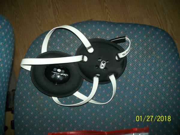Photo Wrestling shoes  headgear - $15 (BresslerSteelton)