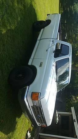 Photo 1988 Ford F-150 4x4 - $3,000